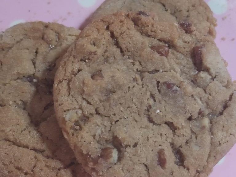 Aunt Bessie's Pecan Cookies